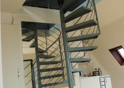 Escaliers intérieurs hélicoïdaux (28)