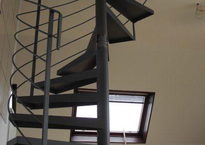 Escaliers intérieurs hélicoïdaux (30)