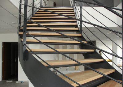 Escaliers intérieurs balancés (85)
